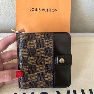 Louis Vuitton Damier Ebene Zipped Wallet Vintage